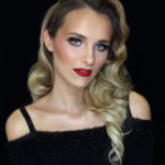 Hollywood glamour makeup - red lips